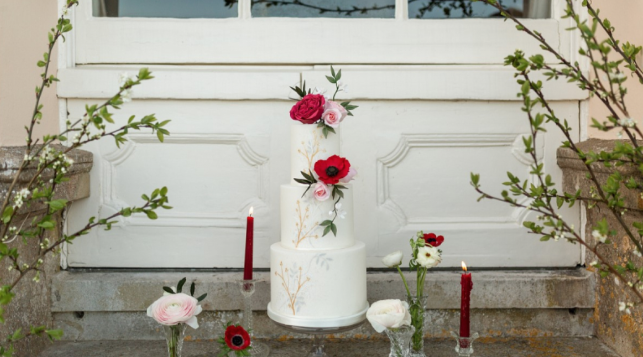 Tuscan wedding style Escot house
