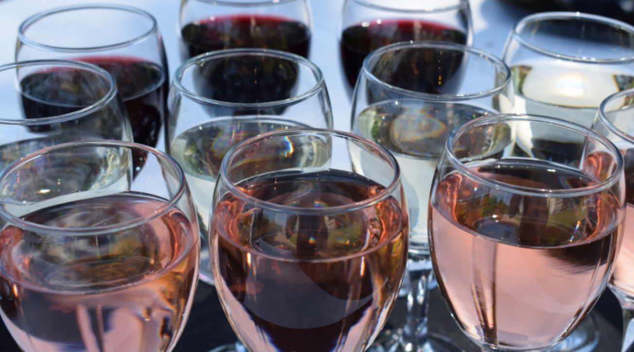 What drinks should you offer guests at your wedding?